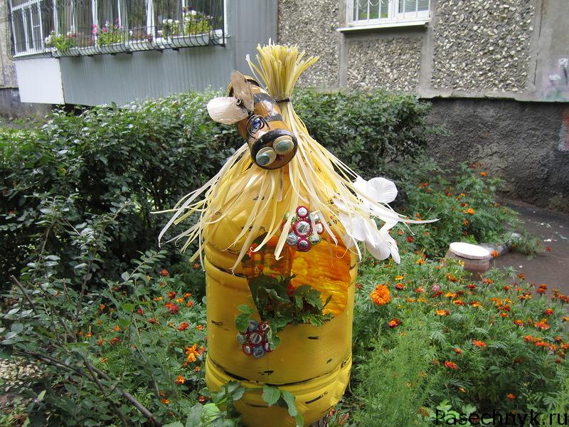 Пчелы и улей из пластиковых бутылок своими руками