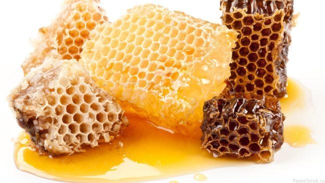 Пчелиные соты и мед в сотах